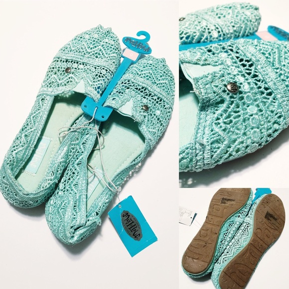 Mad Love for Target Shoes - NWT Turquoise Lace Loafers